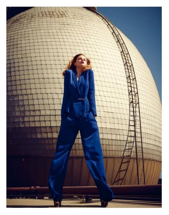 Съёмка: Жиневье ван Синус для Bergdorf Goodman. Изображение № 12.