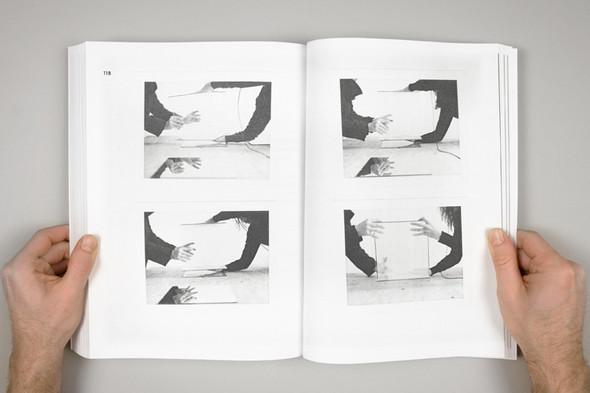 Народ против: 12 альбомов о социальном искусстве. Изображение № 60.