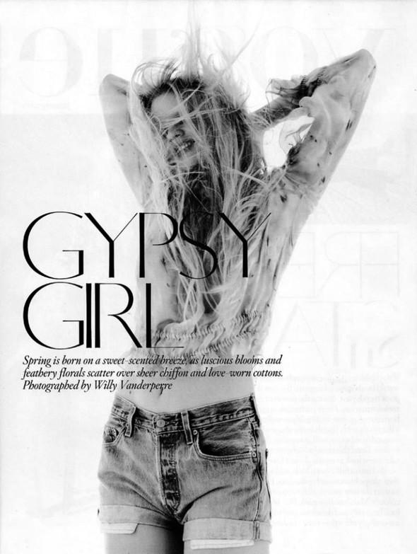 Лара Cтоун в январском Vogue: Дитя человечества. Изображение № 1.