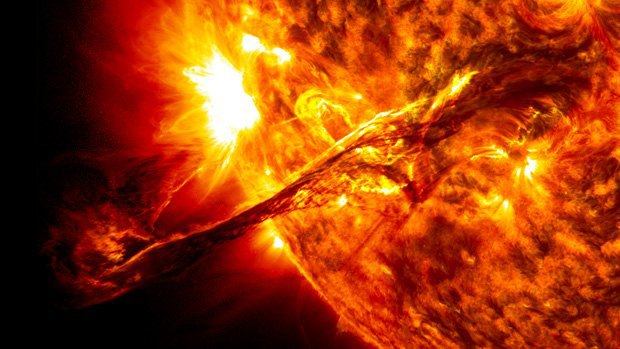 За час Солнце вырабатывает достаточно энергии для обеспечения Земли на год вперёд. Однако хранение этой энергии до сих пор представляло сложность для учёных. Изображение № 1.