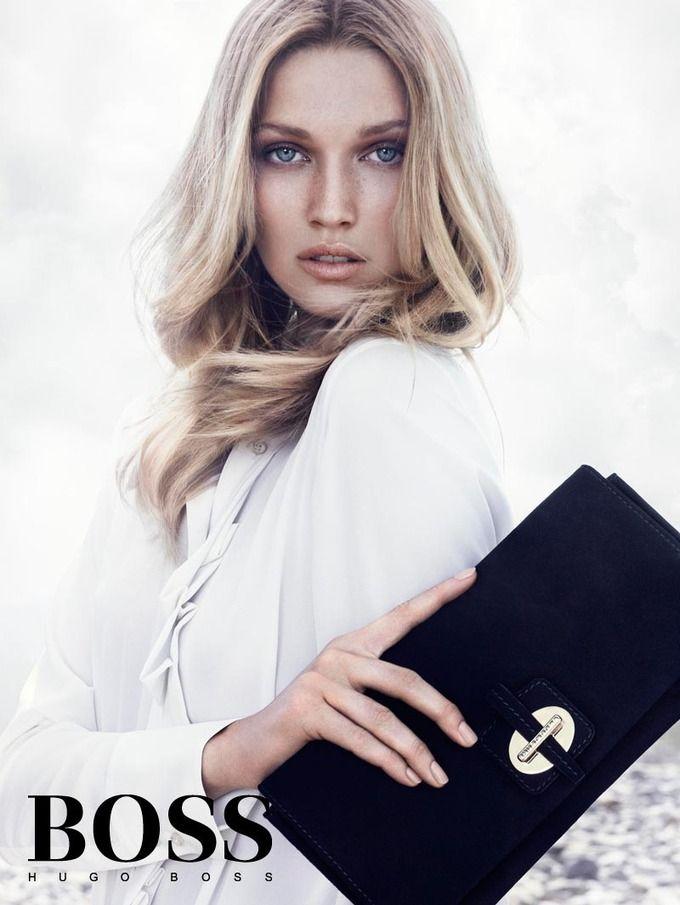 Вышли кампании Dior, Prada, Louis Vuitton и других марок. Изображение № 16.