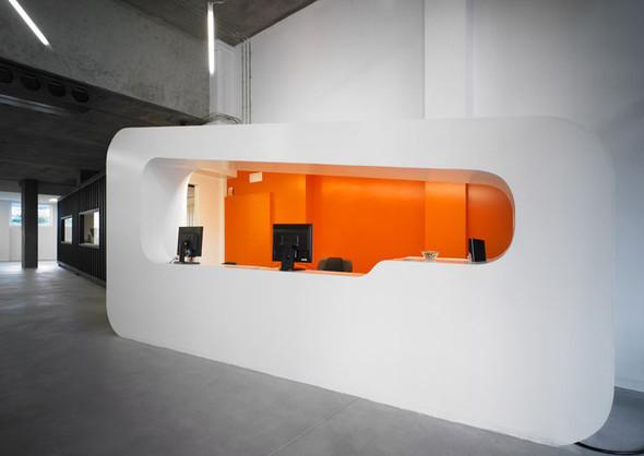 Офис испанской интернет-компании Dinahosting. Изображение № 1.