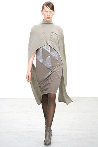 Новости моды: Выставки Chloe и Salvatore Ferragamo, Vogue в Таиланде и проект Michael Kors. Изображение № 1.