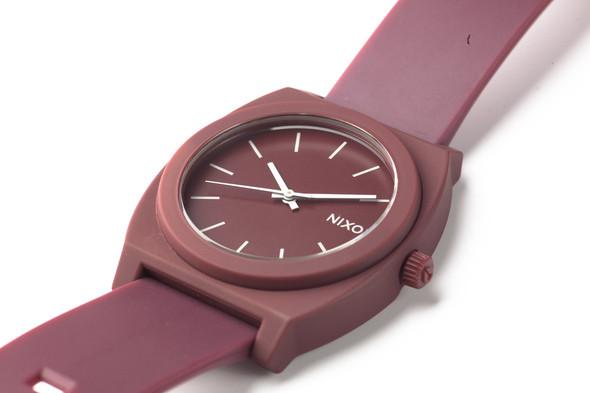 Финальная распродажа часовой марки NIXON.. Изображение № 16.