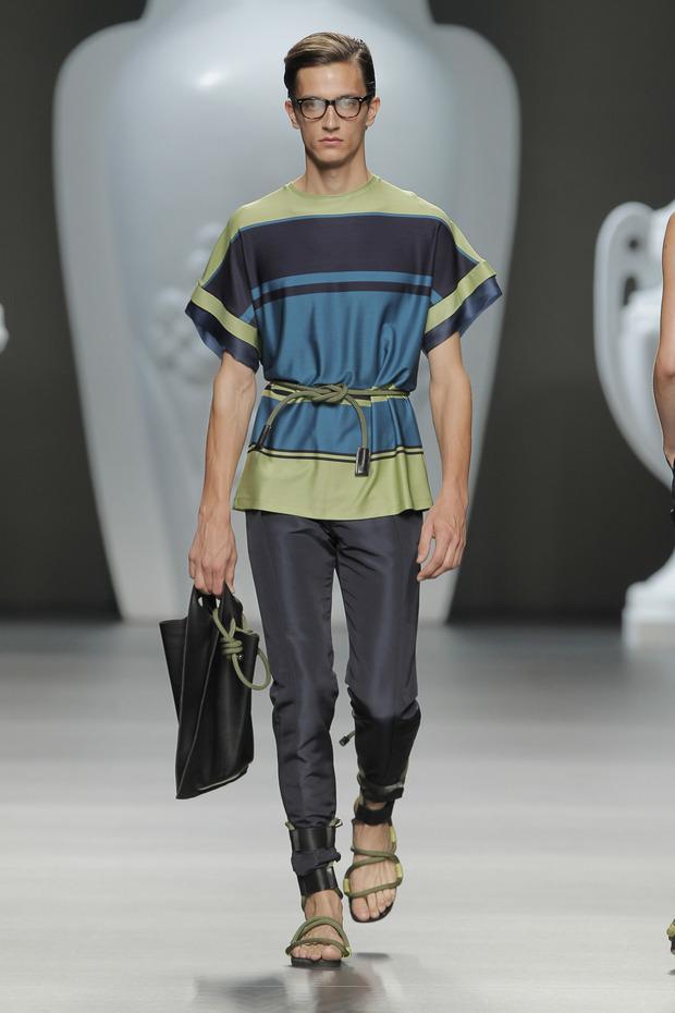 Madrid Fashion Week SS 2013: ANA LOCKING . Изображение № 24.