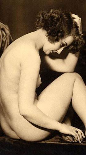 Части тела: Обнаженные женщины на винтажных фотографиях. Изображение №18.