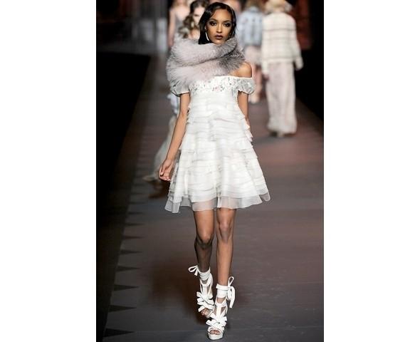 Показ Dior FW 2011. Изображение № 24.