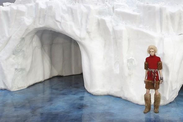 Ледяное шоу от Chanel. Изображение № 2.