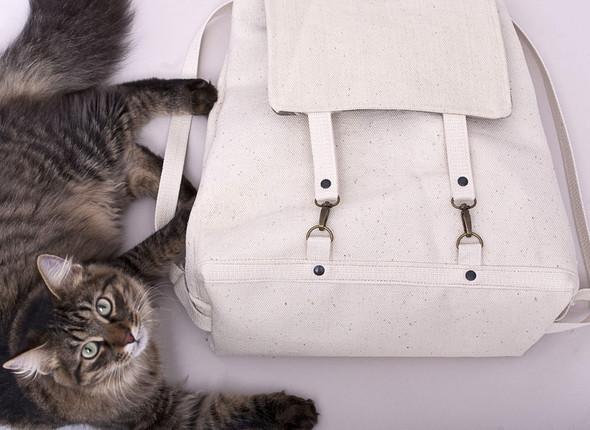 БЕЛОЕ — рюкзаки и сумки из грубого белого хлопка. Изображение № 16.