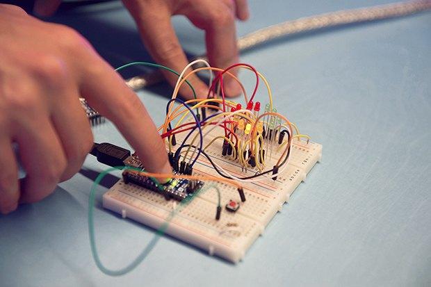 Как сделать передатчик сигнала SOS с помощью платформы Arduino. Изображение № 12.