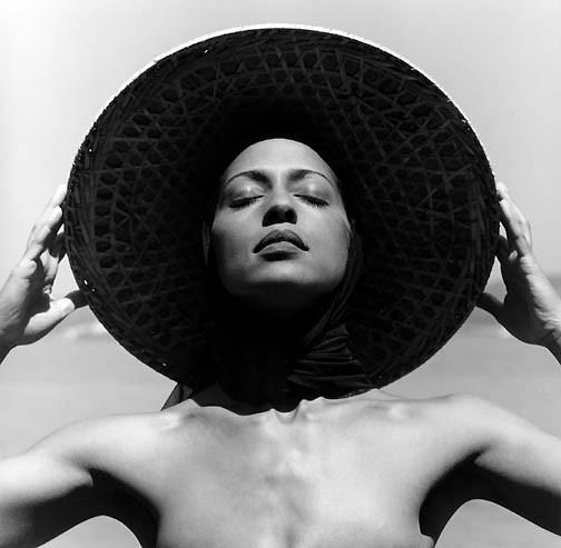 Сюрреализм в фотографии. Изображение № 60.