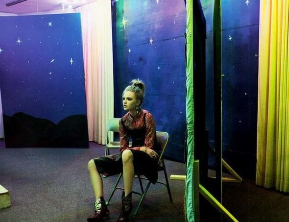 Сьемка: Влада Рослякова для Elle US. Изображение № 6.