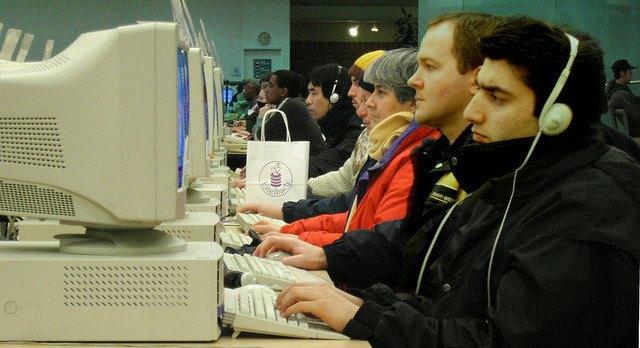 Число дня: сколько людей не подключены к интернету . Изображение № 1.