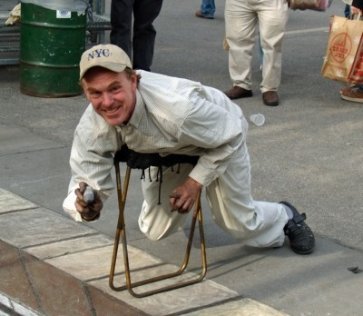Джулиан Бивер – магиволшебник тротуара. Изображение № 7.