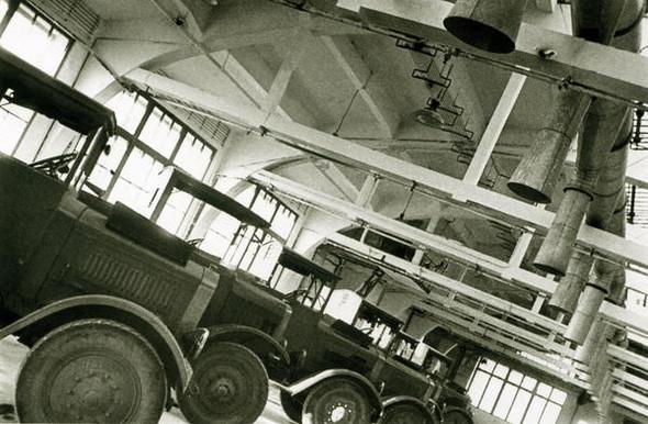 Машины в гараже, 1933 г.. Изображение № 41.