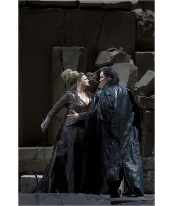Prada создали костюмы для оперы. Изображение № 9.