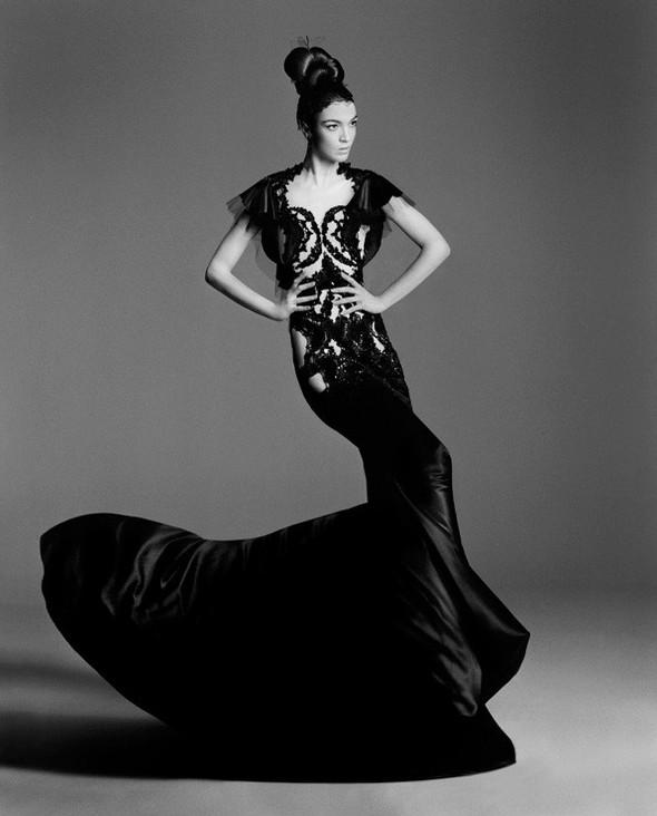 Съёмка: Мариакарла Босконо для Bergdorf Goodman. Изображение № 6.