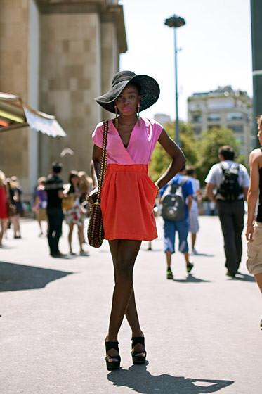 Уличный стиль на Неделе высокой моды в Париже. Изображение № 66.