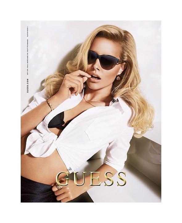 Кампания: Шелби Китон для Guess. Изображение № 6.
