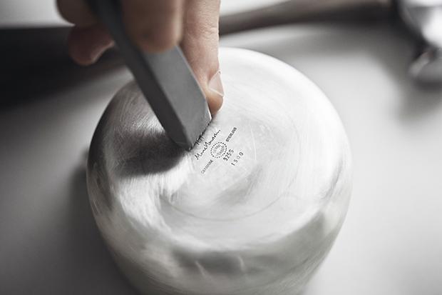 Дизайнер Марк Ньюсон создал серебряный чайный сервиз. Изображение № 14.