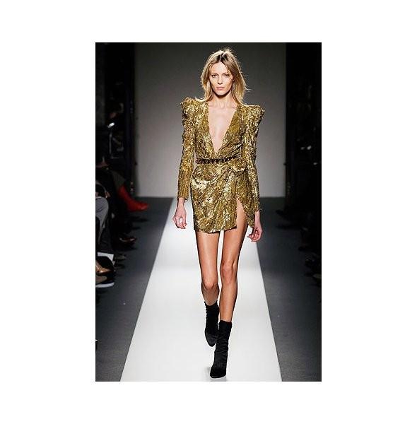 Новости моды: Balmain, Vogue и Руми Нили. Изображение № 1.