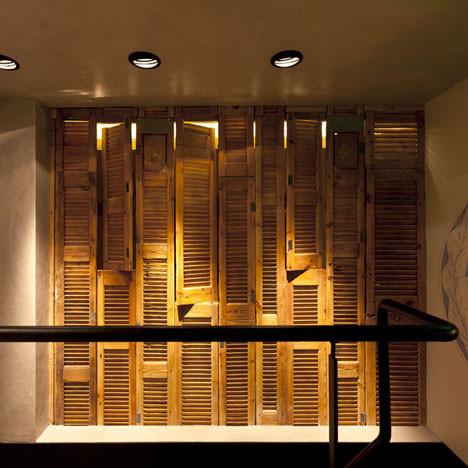 На скорую руку: Фаст-фуды и недорогие кафе 2011 года. Изображение № 89.