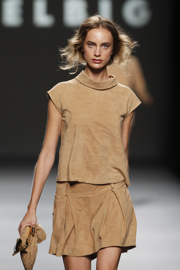 Madrid Fashion Week SS 2012: Teresa Helbig. Изображение № 18.