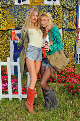 Лучшие луки поверсии сайта Style. com. Изображение № 11.