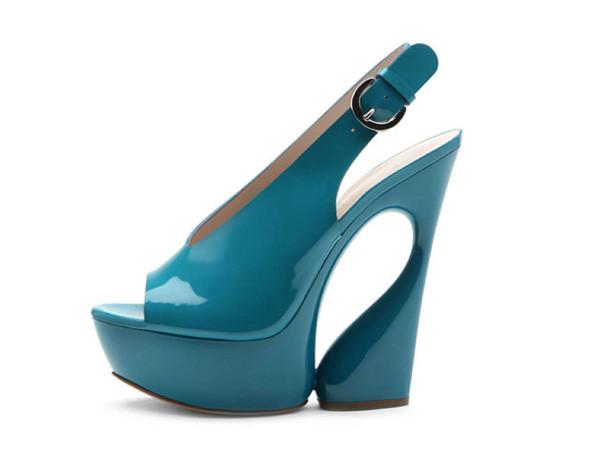 Лукбуки: обувь. Изображение № 4.