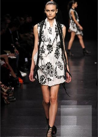 Top-10 SS09 collections (Paris FW) поверсии Style. com. Изображение № 2.