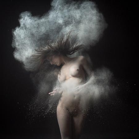 """Olivier Valsecchi, """"Dust"""". Изображение № 1."""