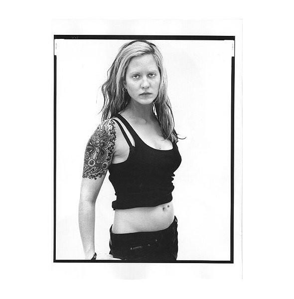 Архивная съёмка: Кейт Мосс и другие для кампании Calvin Klein, 1996. Изображение № 9.