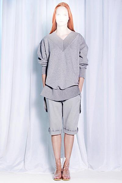 A.P.C., Chanel, MM6, Mother of Pearl, Paule Ka и Yang Li выпустили новые лукбуки. Изображение № 39.