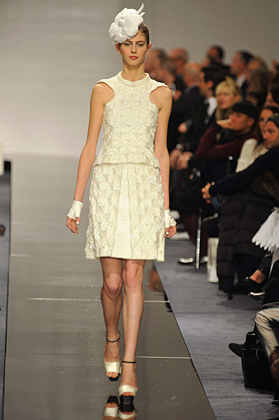 Chanel Spring 2009 Haute Couture. Изображение № 49.