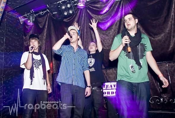 Новое поколение московской реп-музыки внесем в массы. Изображение № 12.