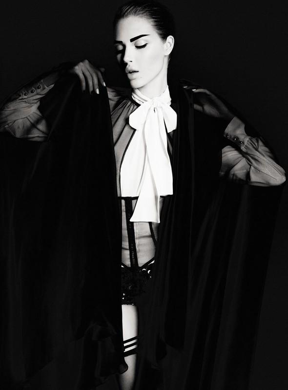 Съёмка: Анаис Пульо для Dress to Kill. Изображение № 4.