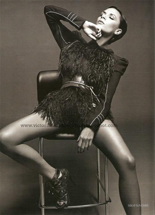 Posh Spice вновом Vogue (Россия). Изображение № 4.