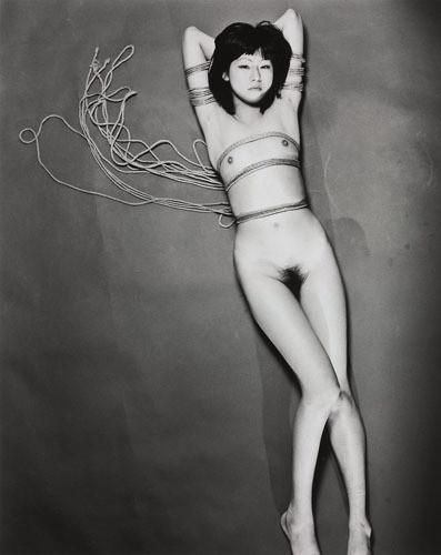 Части тела: Обнаженные женщины на фотографиях 70х-80х годов. Изображение № 135.