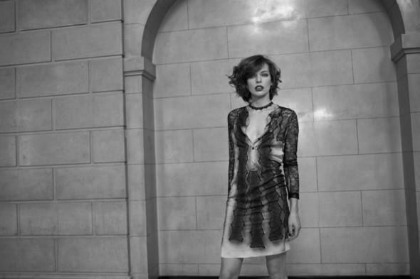 Съёмка: Мила Йовович для S Moda. Изображение № 9.