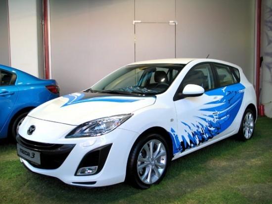 Битва дизайнеров залучшую раскраску новой Mazda3. Изображение № 3.