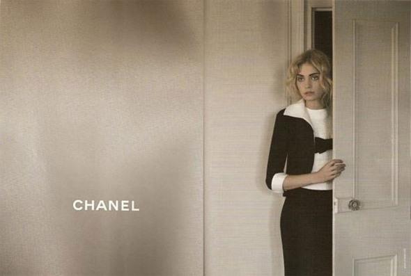AdCampaign: Chanel SS09. Изображение № 2.