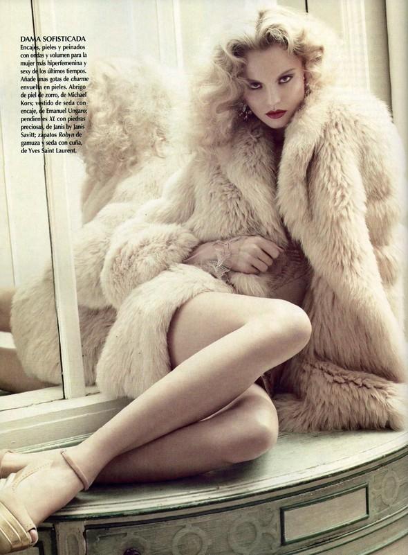 Съёмка: Магдалена Фрацковяк для мексиканского Vogue. Изображение № 5.
