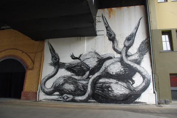 Животный стрит-арт от бельгийского граффитчика ROA. Изображение № 31.