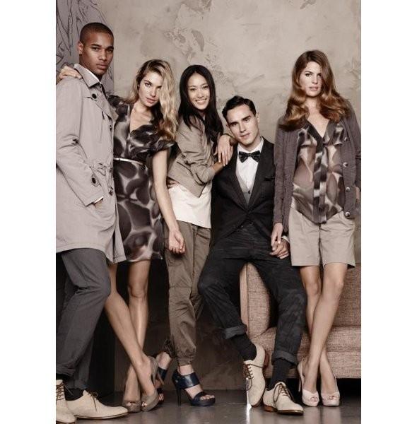 Изображение 14. Рекламные кампании: Givenchy, Tom Ford и другие.. Изображение № 39.