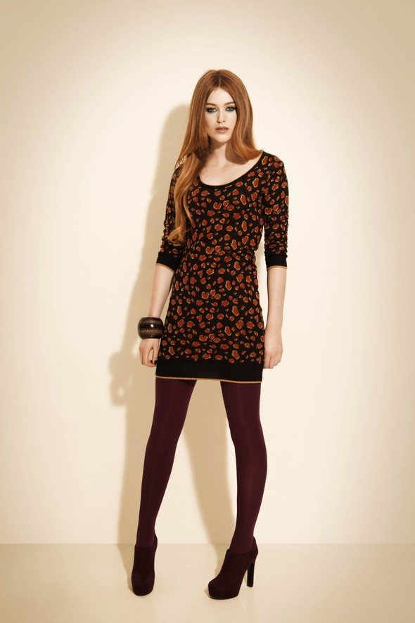 Лукбук: Miss Selfridge Christmas 2011. Изображение № 33.