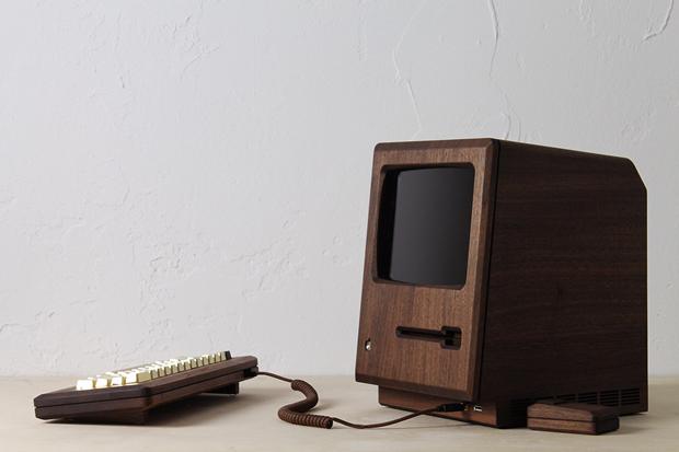 Дизайнер сделал из дерева копию компьютера Apple 1984 года. Изображение № 6.