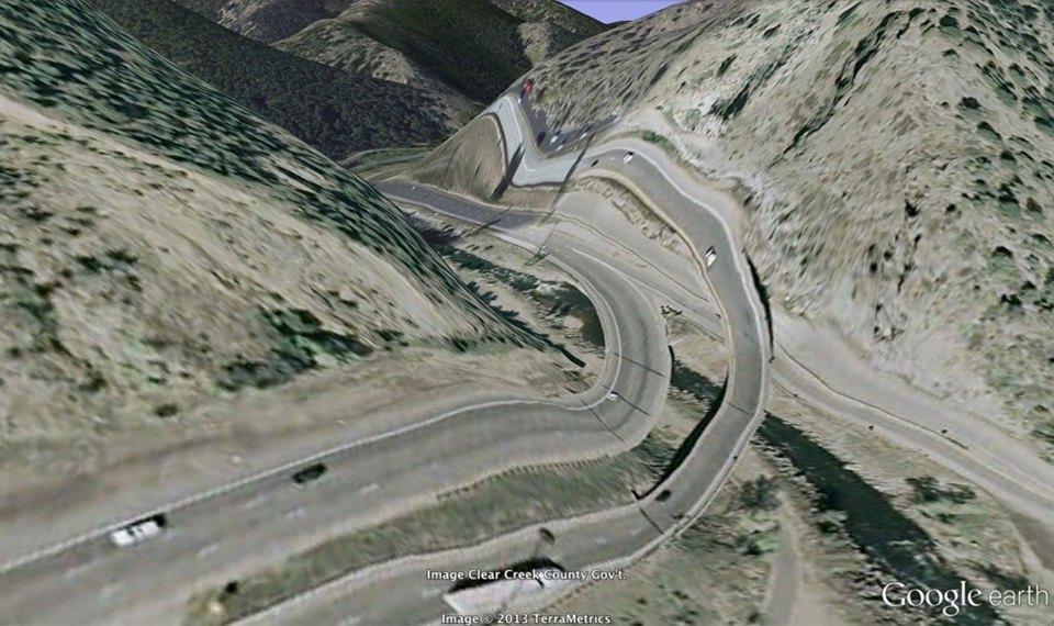 32 фотографии из Google Earth, противоречащие здравому смыслу. Изображение №30.