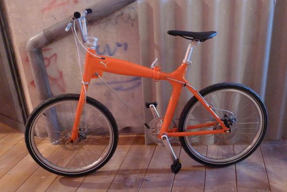Велосипед на стенде Puma. Изображение №15.