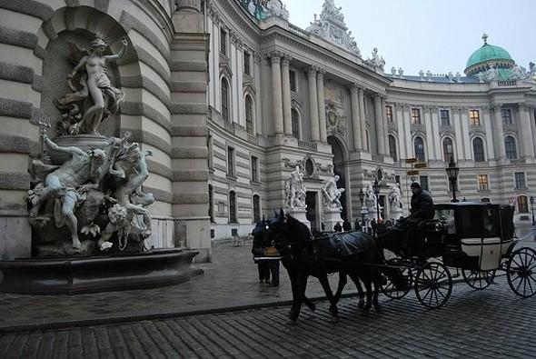 Самая романтическая столица!. Изображение № 8.