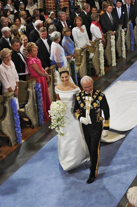 Свадьба шведской кронпринцессы Виктории. Изображение № 35.